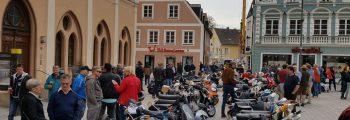 Vespaarer Anrollern nach Pfaffenhofen